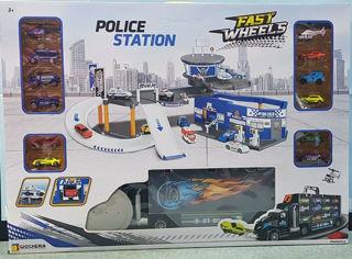 Immagine di Stazione Di Polizia Con Camion